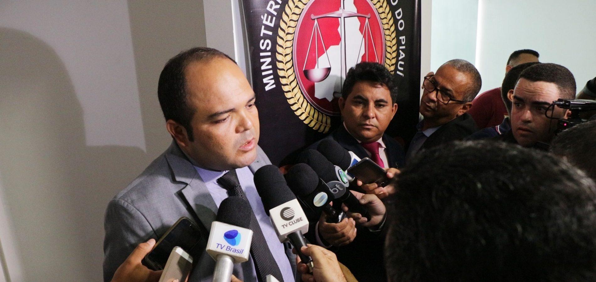Promotor explica esquema criminoso de Emir Martins