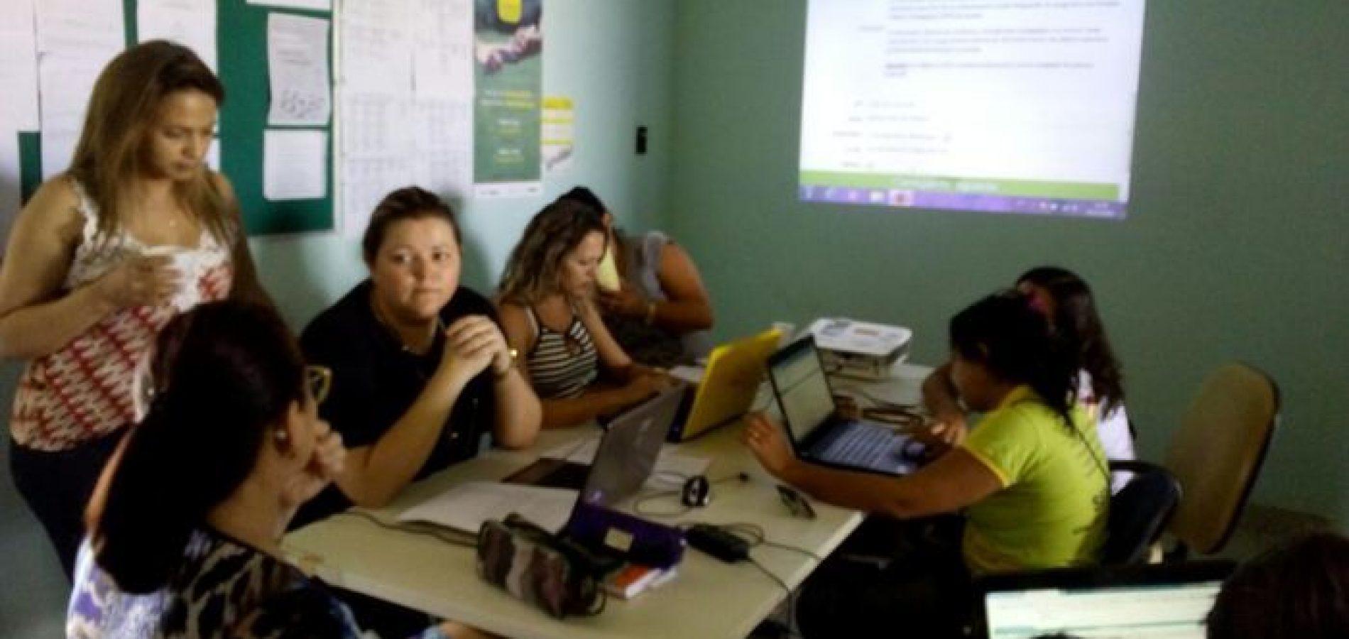 ALEGRETE | Secretária de Educação  realiza reunião sobre o Mais Educação