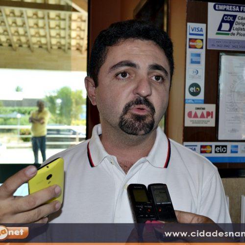 Prefeito eleito em Santa Cruz do Piauí anuncia festa da posse. Veja as atrações!