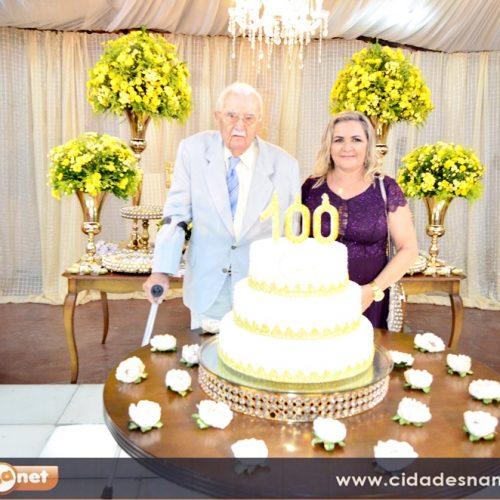 GENTE EM EVIDÊNCIA | Jaicoense Aderson Reis comemora 100 anos com festa; veja fotos