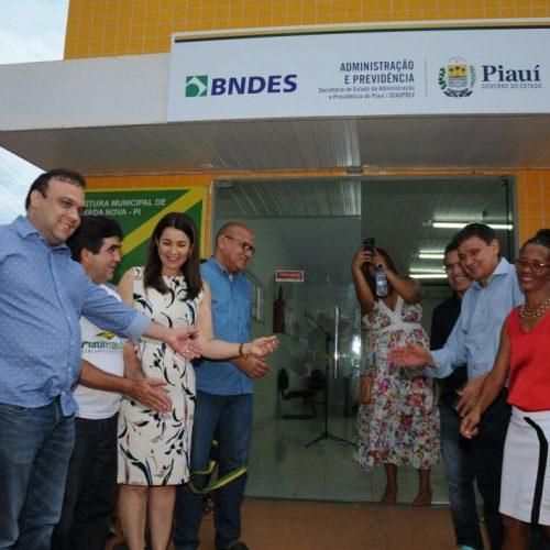 Governador Wellington Dias inaugura Sala da Cidadania em Queimada Nova do Piauí