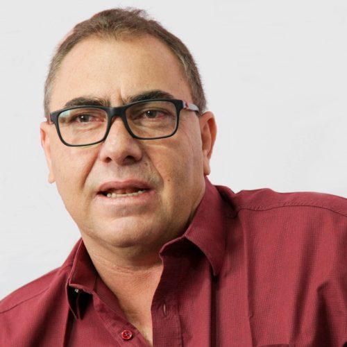 Prefeitura de Caridade cancela licitações para recuperação de calçamento e reforma da sede do Executivo