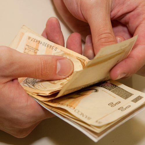Previsão de salário mínimo para 2018 cai para R$ 969