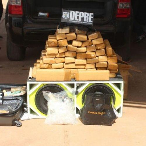 Polícia apreende 60kg de drogas, dinheiro, armas e prende dois no Piauí