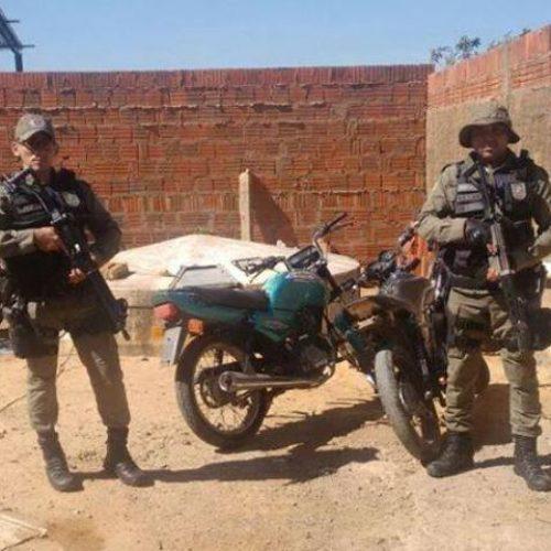 PM de Marcolândia recupera motos roubadas e suspeito de assalto a comércio é preso