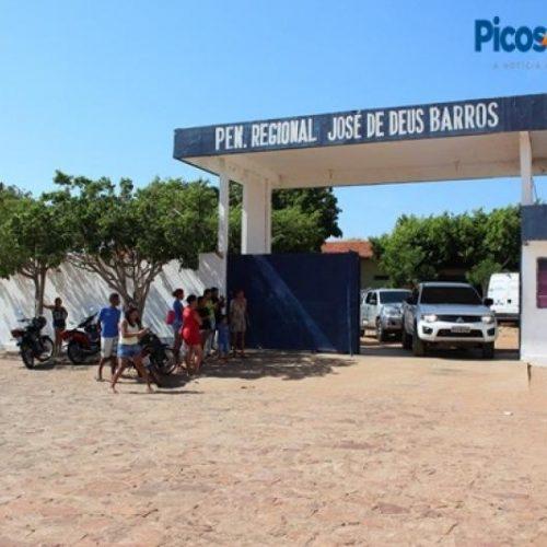 Após rebelião, detentos são transferidos da penitenciária de Picos