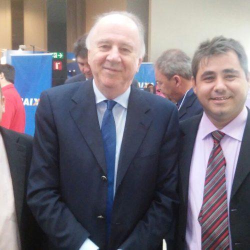 PADRE MARCOS | Valdinar participa de encontro da CNM com novos gestores em Brasília