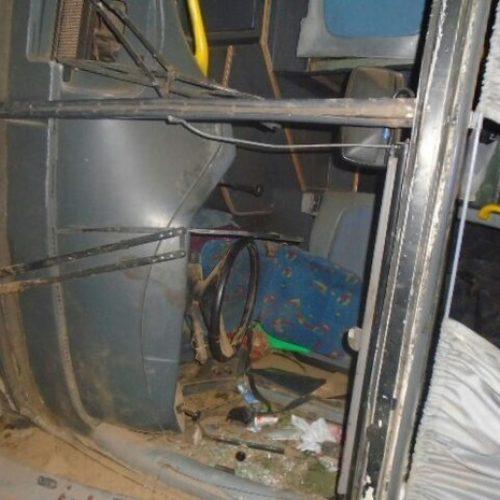 Ônibus com 42 passageiros tomba no interior do Piauí e seis ficam feridos