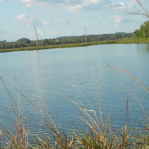 Primas de seis e nove anos  morrem afogadas em açude no interior do Piauí