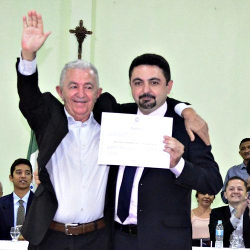 Barroso Neto é diplomado e assume a Prefeitura de Santa Cruz do Piauí dia 1º de janeiro