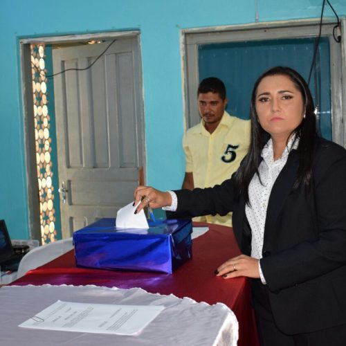 Maninha é assume a presidência da Câmara de Padre Marcos