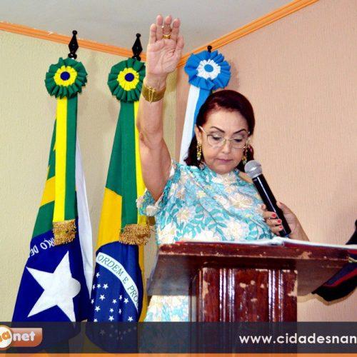 Sob emoção e alegria, Câmara de Vereadores empossa Maria José como prefeita de Fronteiras-PI; Veja fotos