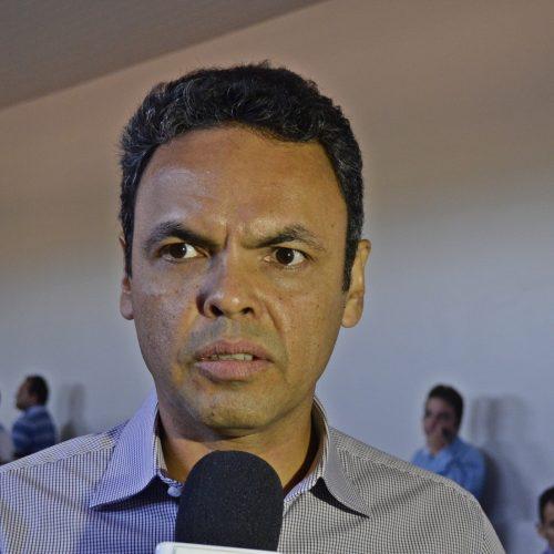 Gil Carlos anuncia mudanças no portal da transparência dos Municípios