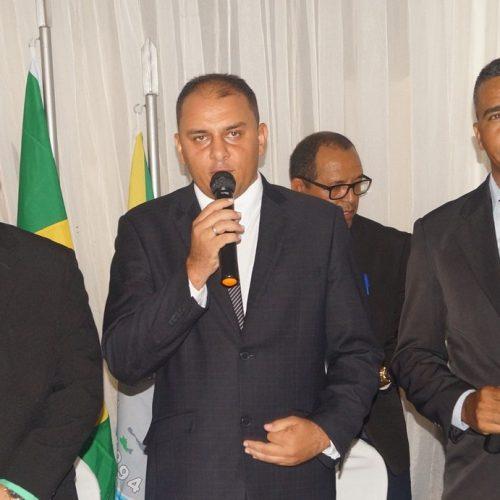 Toninho é empossado prefeito de Caridade do Piauí e anuncia um novo tempo