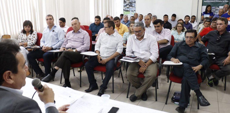 Com queda de 40% no FPM, prefeitos preveem falência dos municípios