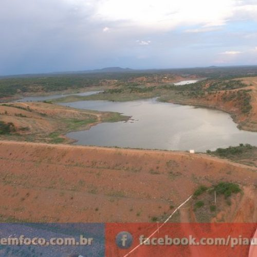 Barragem Piaus que abastace seis cidades da região de São Julião está com apenas 5% de sua capacidade