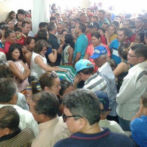 População de Santana do Piauí se despede do prefeito eleito Chico Borges