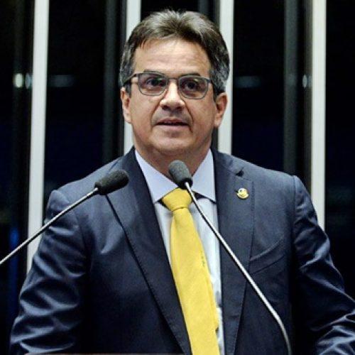 Senador Ciro Nogueira quer proibir perfis falsos na internet