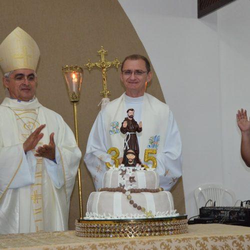 Paróquia São Francisco de Assis celebra 35 anos em Picos; veja fotos