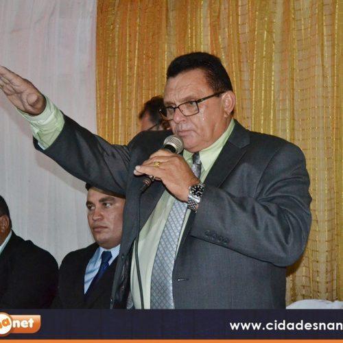 Nonato Alencar é empossado prefeito pela 3ª vez e Jacira é eleita presidente da Câmara em Francisco Macedo