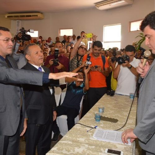 PICOS | Padre Walmir é empossado para novo mandato e promete gestão com austeridade
