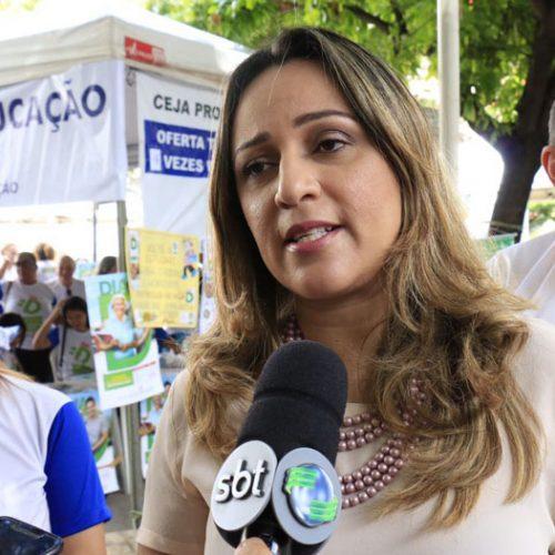 Rejane anuncia convocação de 1.200 concursados na Educação
