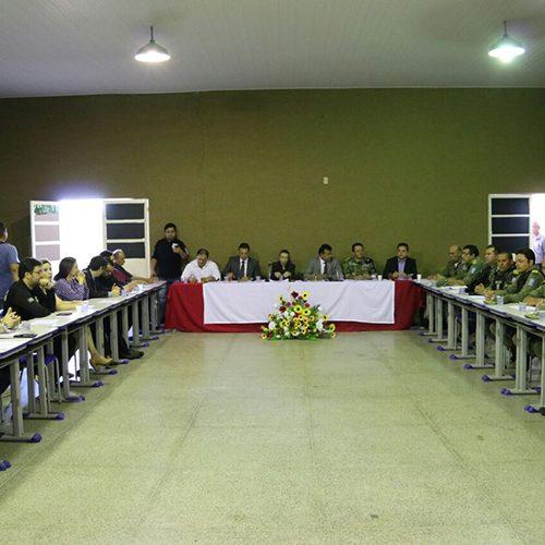 Secretário reúne políciais do Piauí e diz que meta para 2017 é reduzir roubos e furtos