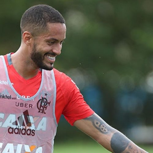 Picoense Rômulo pode fazer sua estreia no Flamengo neste sábado (28)