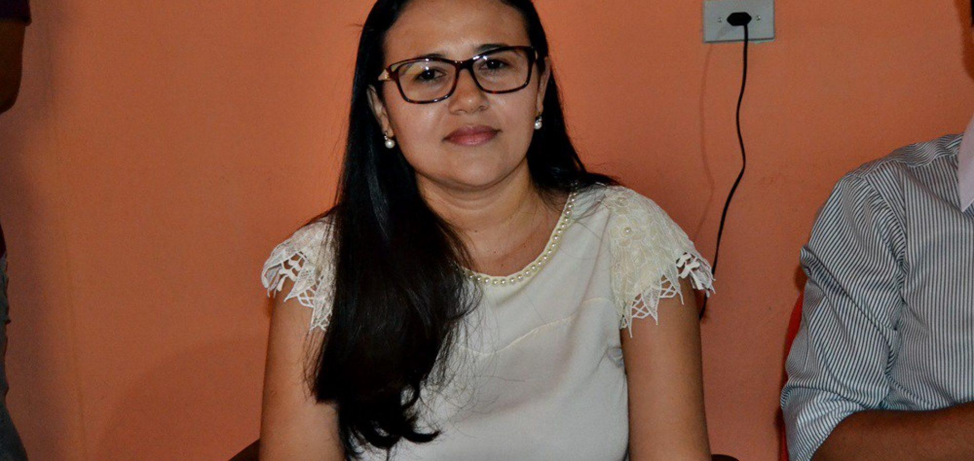 VERA MENDES | Gardênia Oliveira é eleita vice coordenadora da CIR do Vale Guaribas