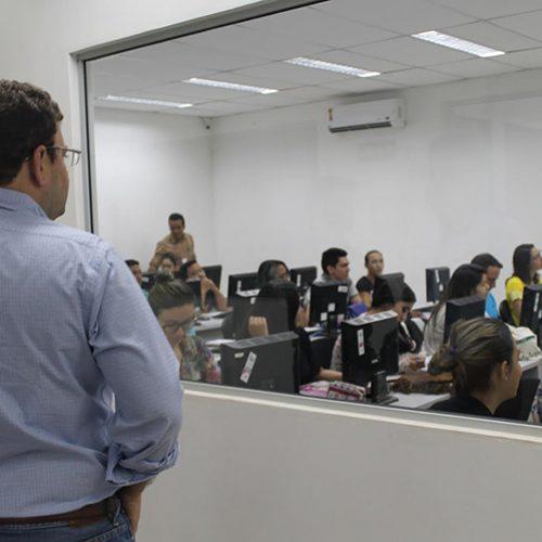 Instalação de nova empresa deve gerar 400 novos empregos até fevereiro no Piauí
