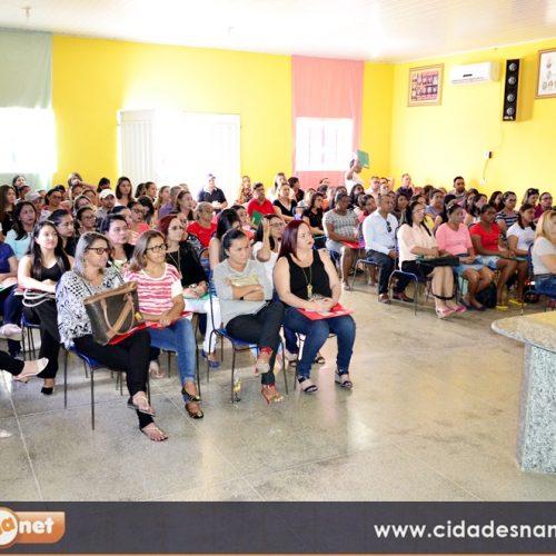 Encontro com servidores da Educação abre o ano letivo em Campo Grande do Piauí