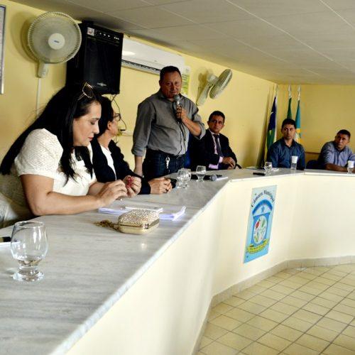 Prefeito participa da abertura do ano legislativo em Vila Nova e elenca ações dos primeiros 48 dias de gestão; veja fotos