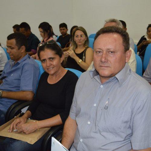 Prefeito de Vila Nova participa de Encontro Município Transparente na APPM em Teresina
