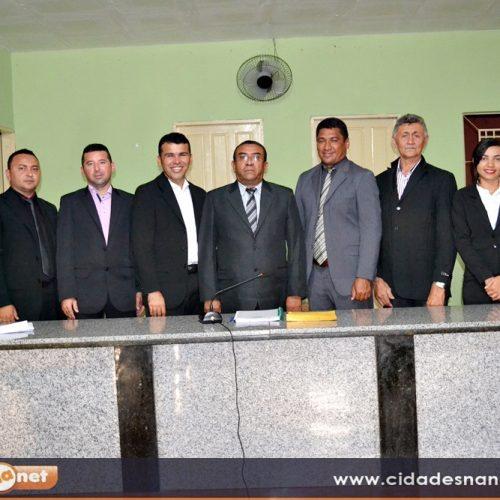 Câmara de Patos realiza sessão de abertura dos trabalhos legislativos; dois projetos são aprovados