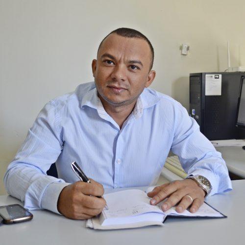 Gilberto Brito assume a Secretaria de Cultura em Campo Grande do PI