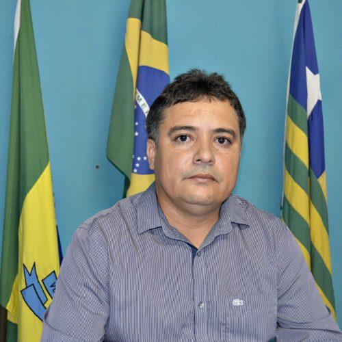 Prefeitura de Vera Mendes antecipa salários dos servidores da Saúde e Educação