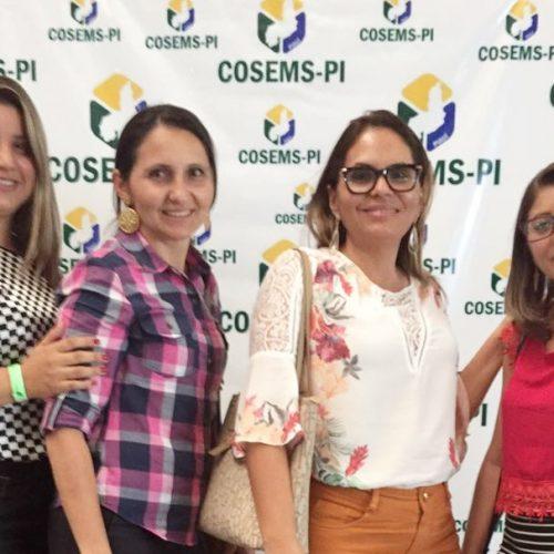 Secretária de Saúde de Patos participa de evento dos gestores do SUS e fala de conquistas