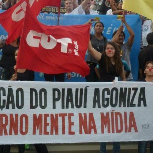 Sem acordo, professores entram no segundo dia de paralisação no Piauí