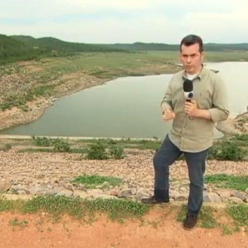 Série sobre a seca do Jornal da Record mostra triste situação do açude Barreiras em Fronteiras