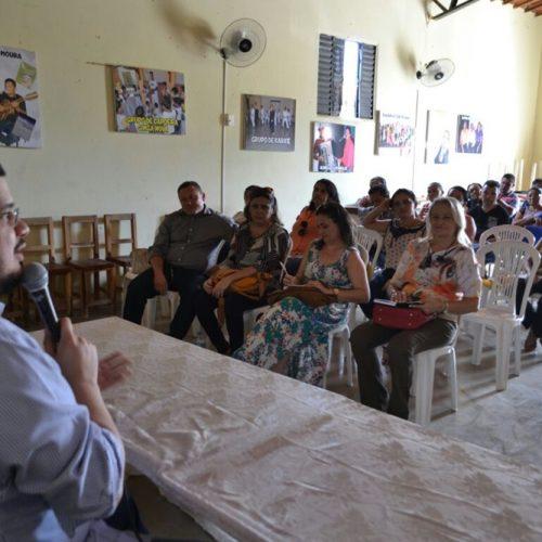 Encontro reúne professores para debater e organizar metas da educação municipal em Vila Nova
