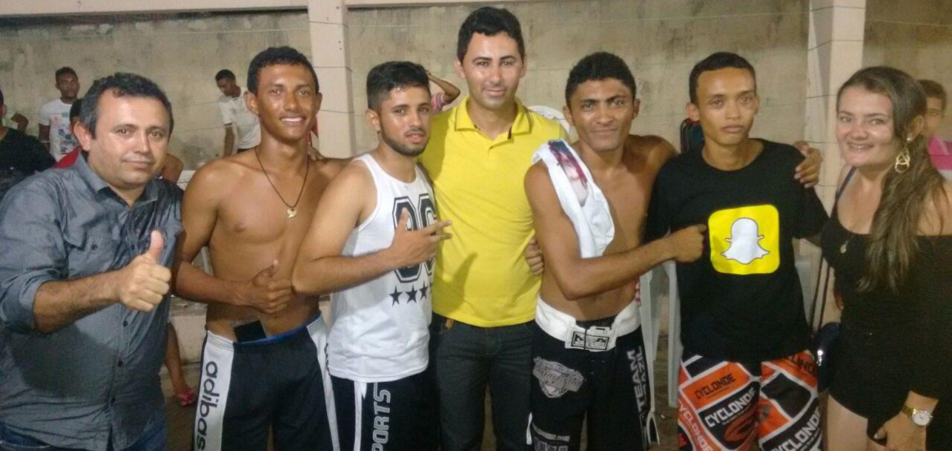 Antonio Tiago e Flávio Sousa participam de disputa de MMA entre adolescentes  de Vila Nova e Francisco Santos