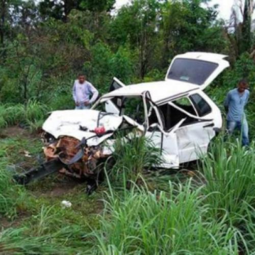 Acidente na BR-316 deixa uma mulher morta e três pessoas feridas
