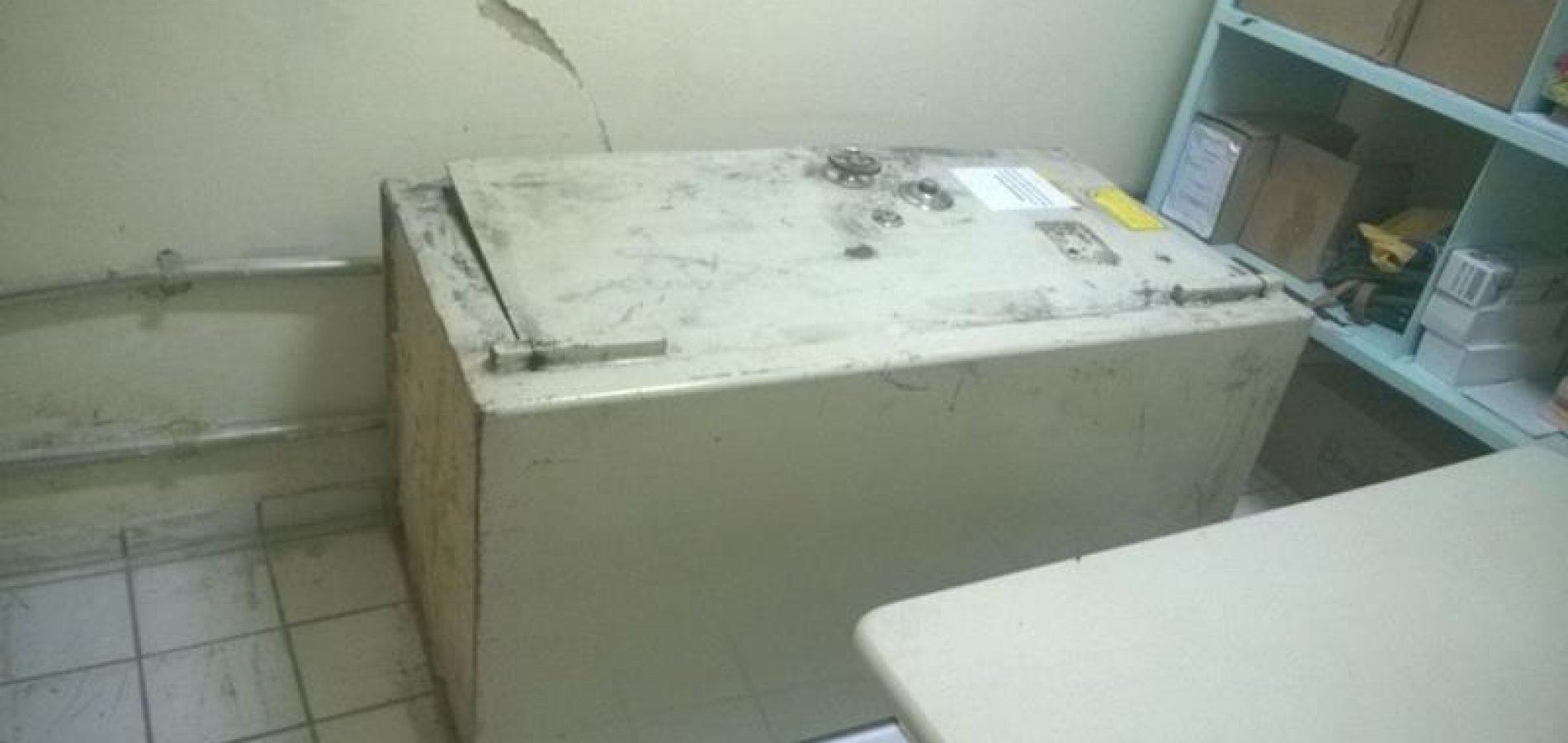 Quadrilha faz família refém e rouba cofre de lotérica no Norte do Piauí