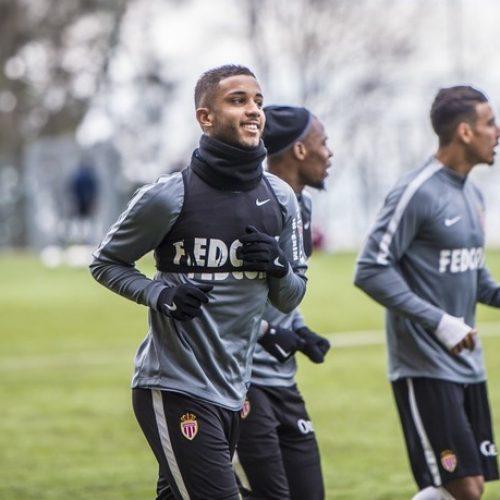 """Jorge é apresentado no Monaco e se arrisca no francês: """"Merci beaucoup"""""""