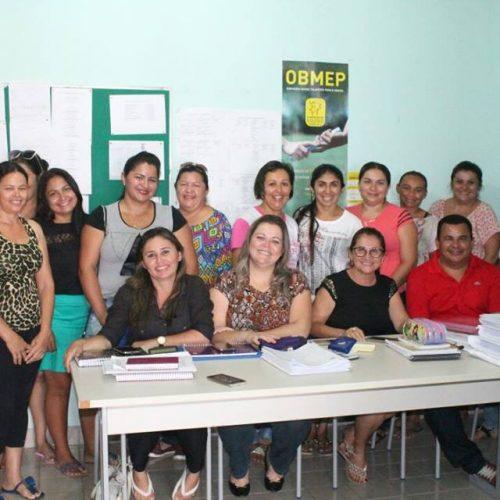 Educação de Alegrete reúne diretores e coordenadores da rede municipal de ensino para início do ano letivo