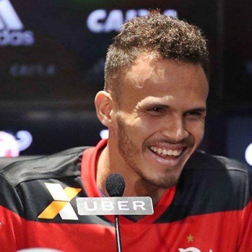 Piauiense Renê disse que chegou ao Flamengo 'pra ser hepta'
