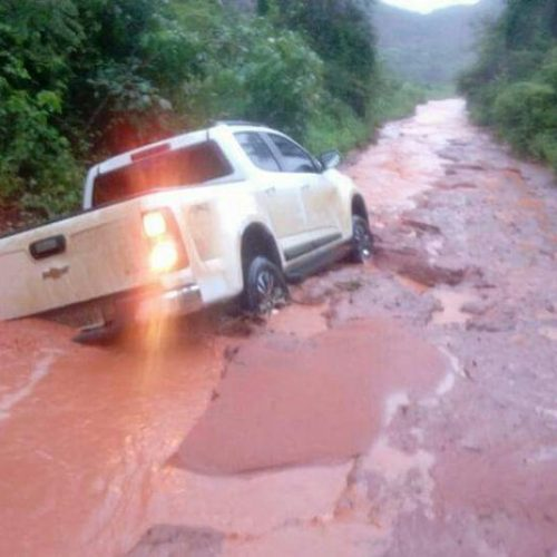 Rodovia volta a ser bloqueada após chuvas e produtores temem prejuízo no Piauí