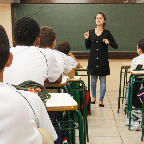 Mesmo com greve, aulas começam em 85% das escola da rede estadual do Piauí