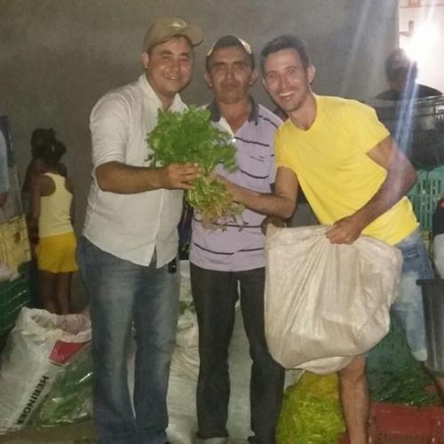 Prefeito faz entrega de alimentos em localidades rurais de Padre Marcos