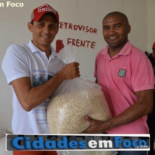 Prefeitura realiza entrega de sementes e beneficia agricultores de Jacobina do Piauí